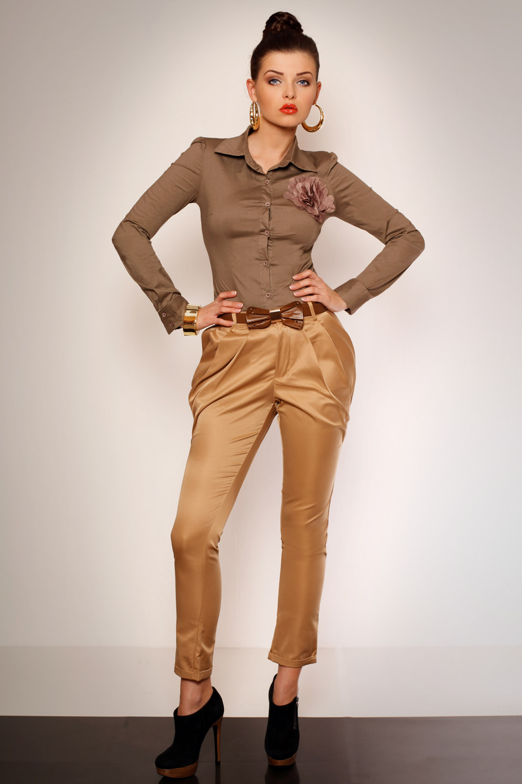 Elegantsed püksid vööga- cr..