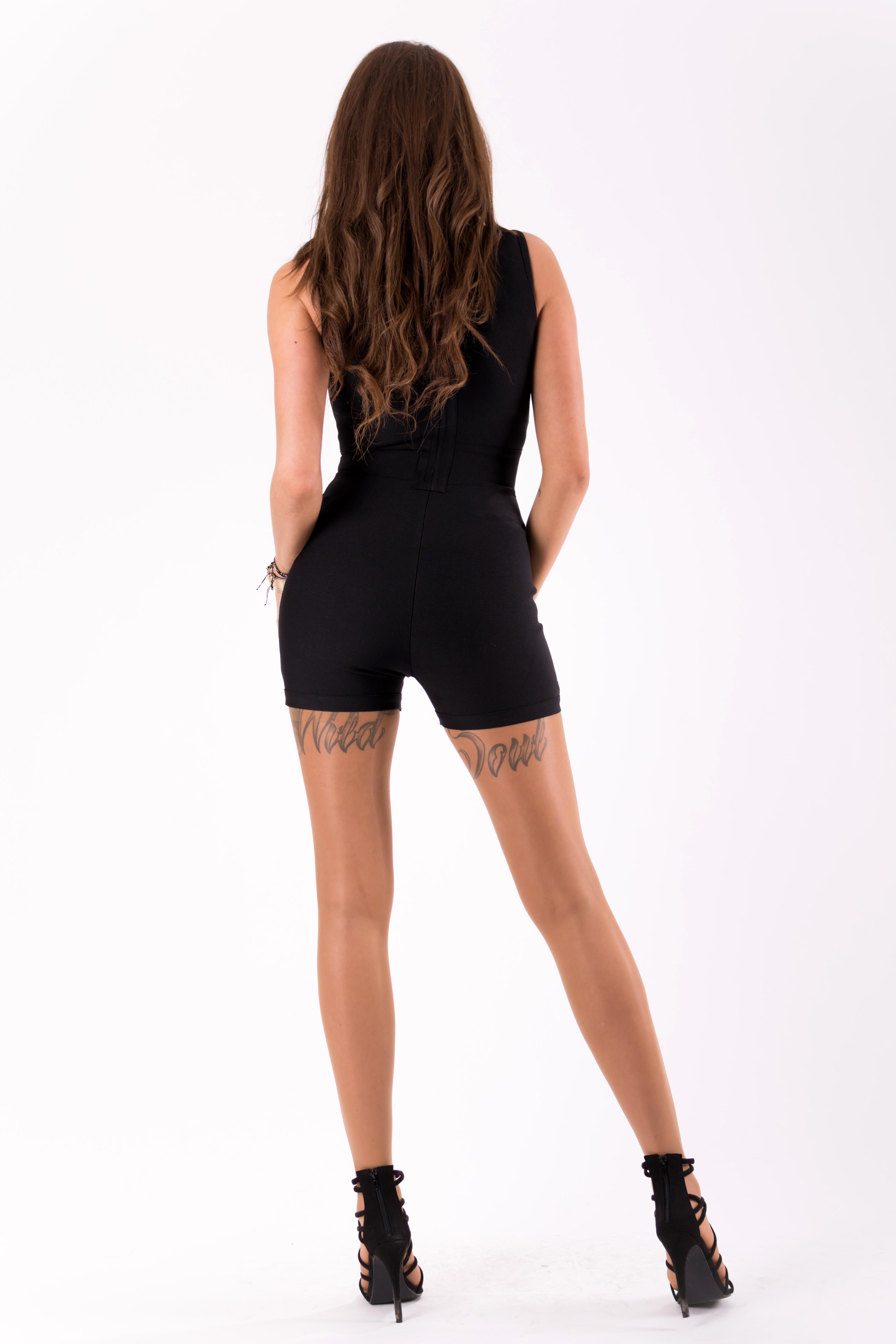 Must pükskostüüm / coverall