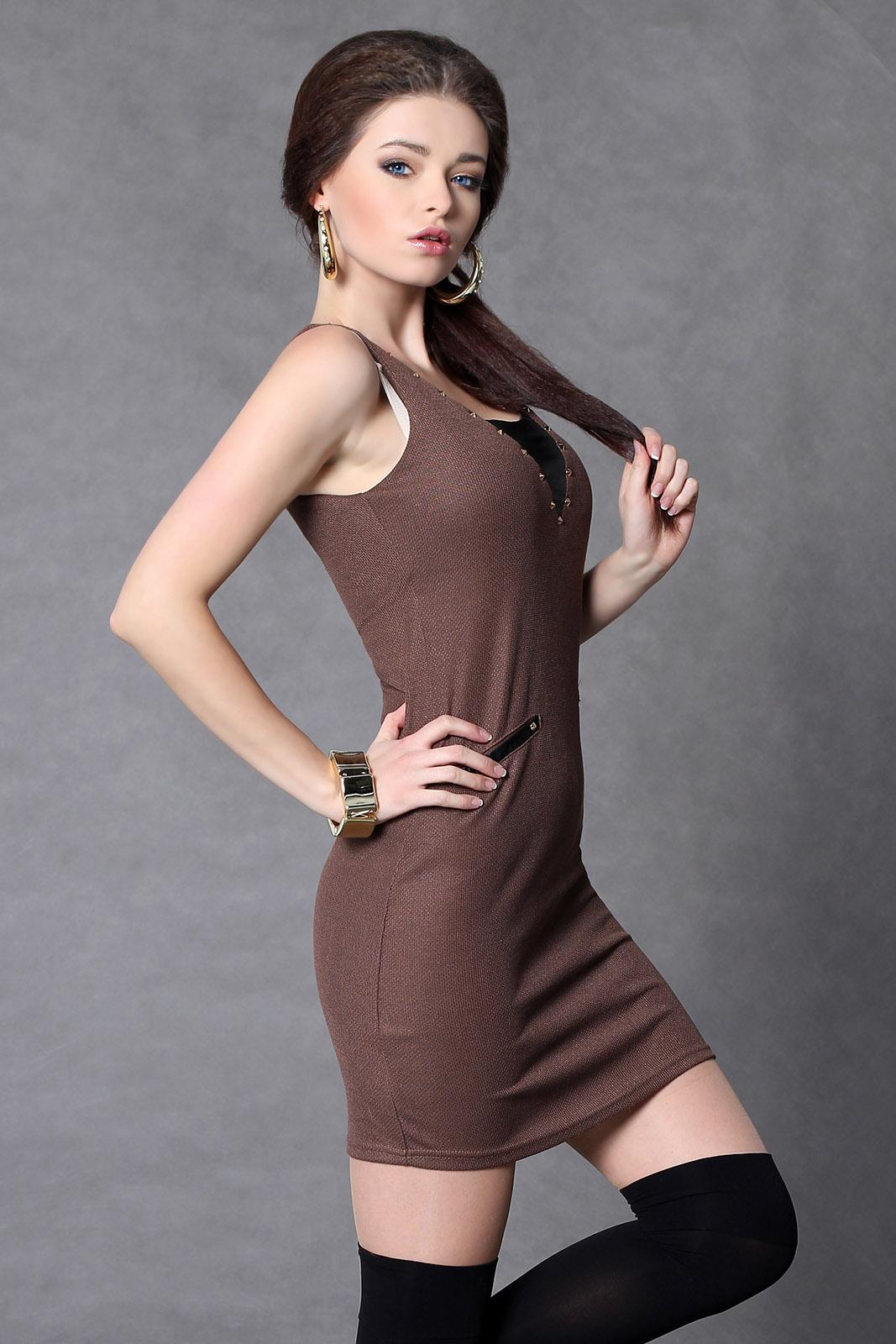 Pruun kleit