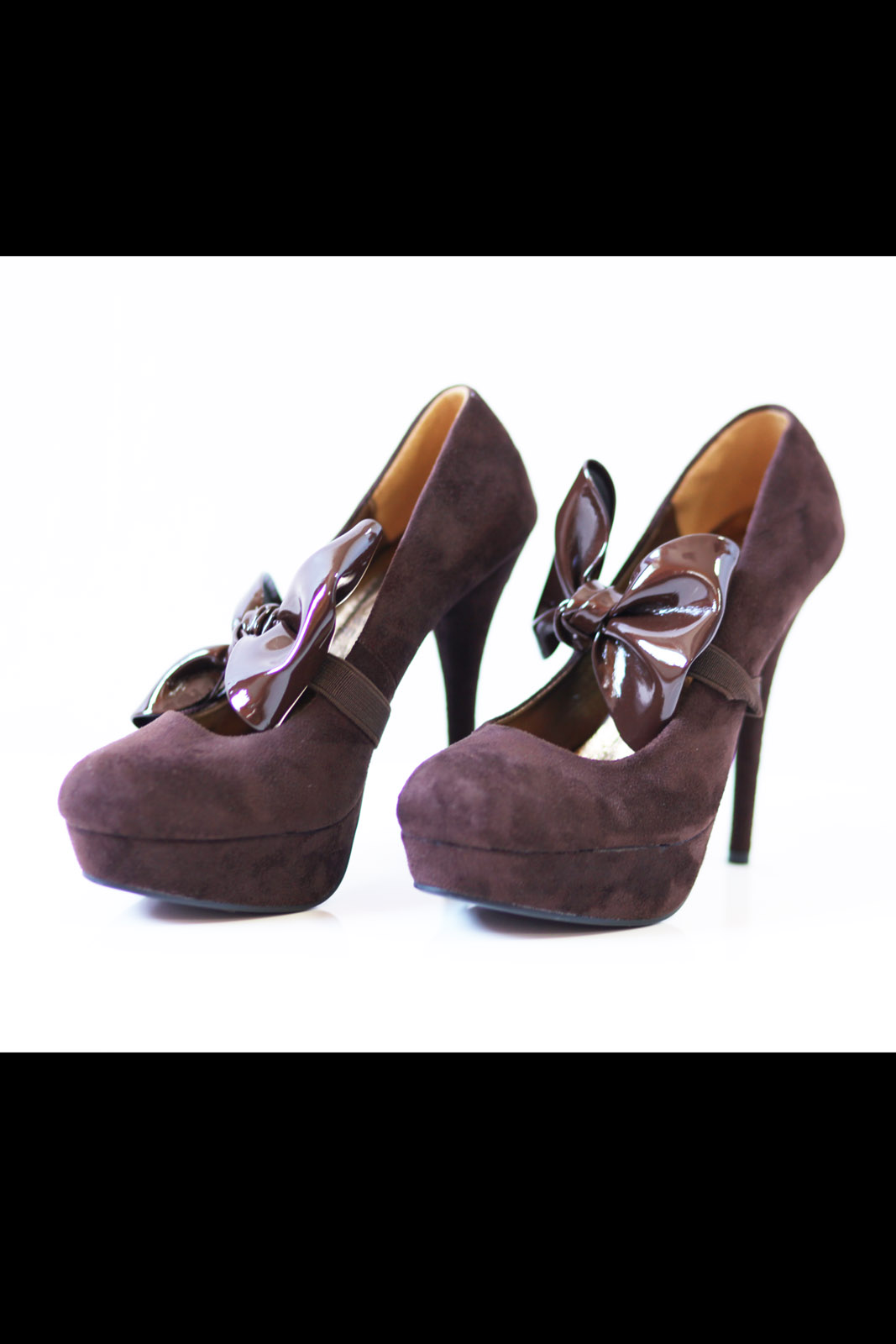 Kõrge kontsaga pruunid kingad