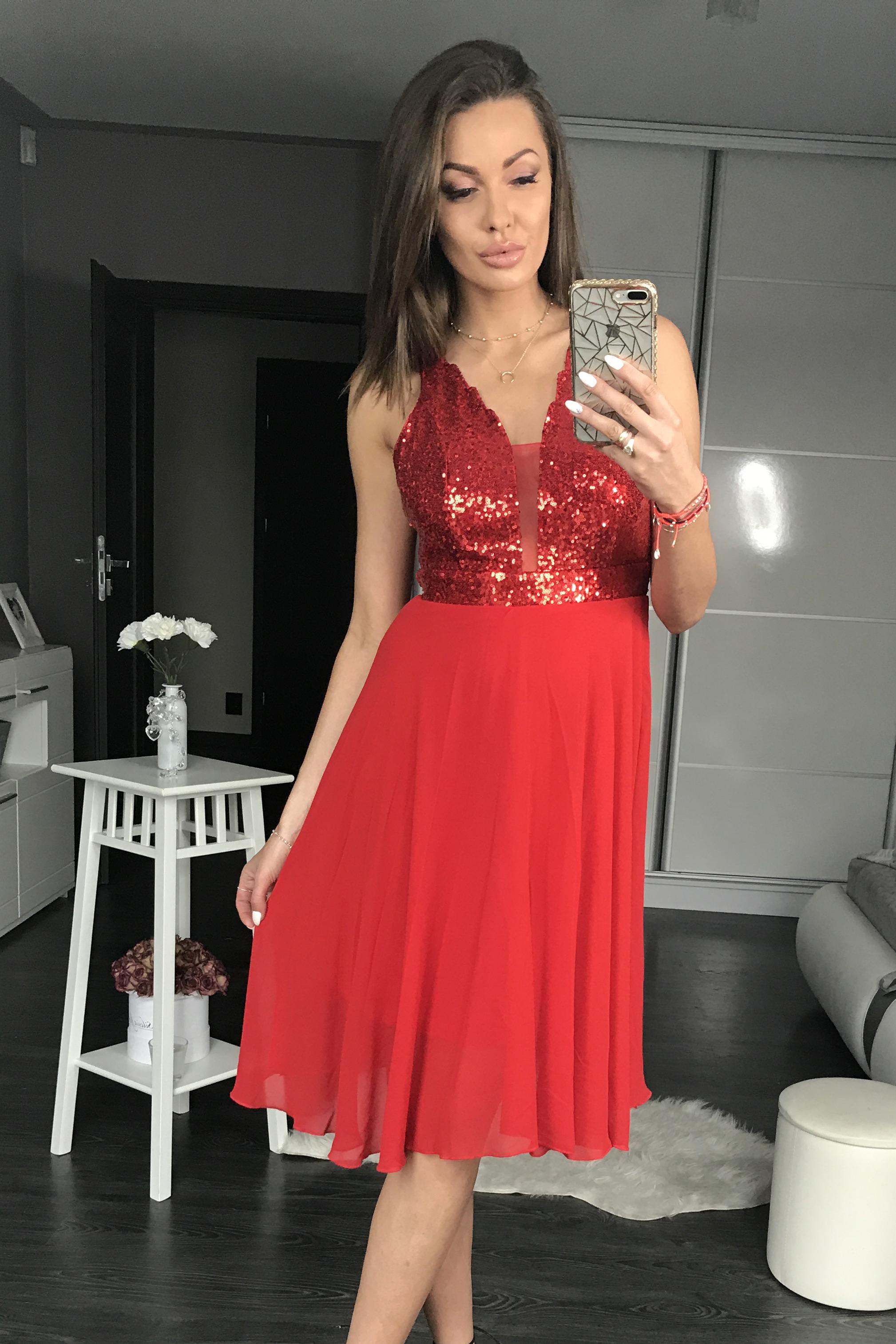 PINK BOOM  punane kleit